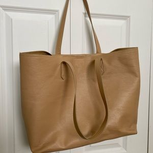 Tote bag, used only a few times. Good condition